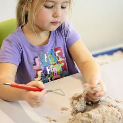 Kinetic Sand - 1 kg de arena moldeable