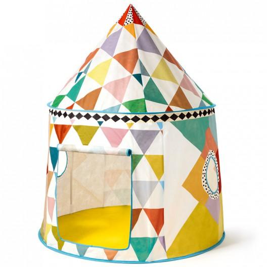 Cabaña multicolor para jugar