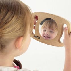 Espejo de mano de madera