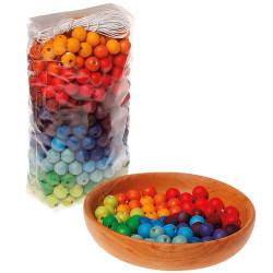 Bolsa con 480 Bolitas de madera para enhebrar - colores del arco iris