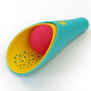 Cuppi - juguete 3 en 1 para arena y agua