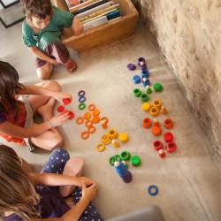 Nins, Anillas y Monedas - juego de madera del color del arcoiris