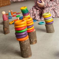 Nins Carla - elementos de madera del color del arco iris