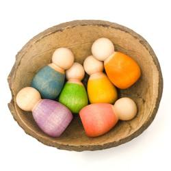 Nins Bebés de madera en cascara de coco
