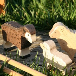 Oveja - animal de granja de madera