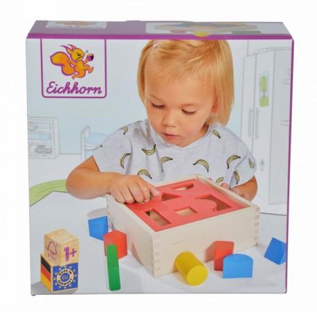 Caja formas con bloques de madera