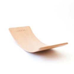 Wobbel Board Original STARTER - tabla curva de madera lacada transparente