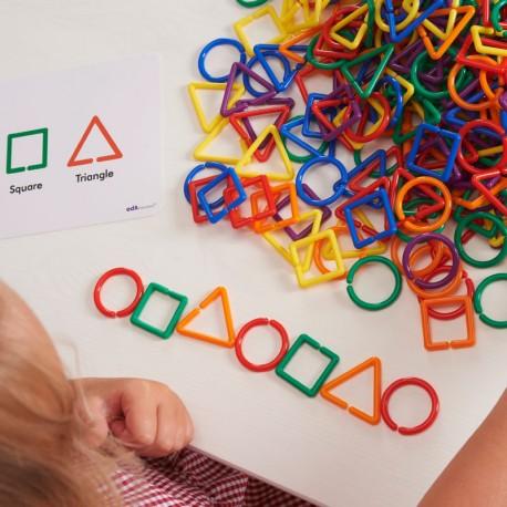 Set d'Activitats amb Formes Geomètriques que s'enllacen