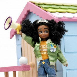Muñeca Lottie - Meg la niña activista
