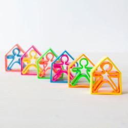 dëna 6 Kids + 6 Houses - muñecos y casas de silicona