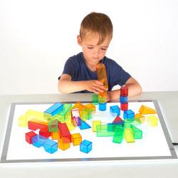 50 bloques translúcidos de construcción