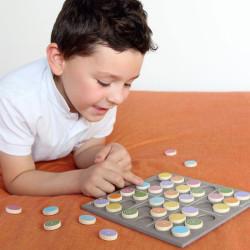 Sudokino Coloreado - juego de lógica de madera para 1 jugador