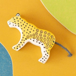 Leopardo - animal de madera