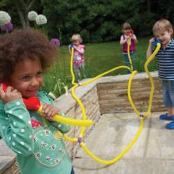 Set de intercambio telefónico Tubo Parlanchin -  juego de comunicación