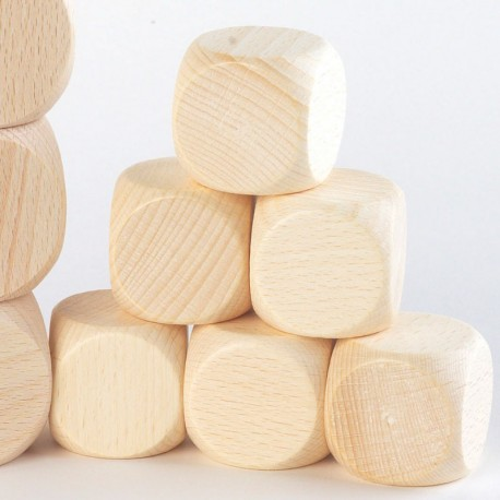 6 dados de madera color natural