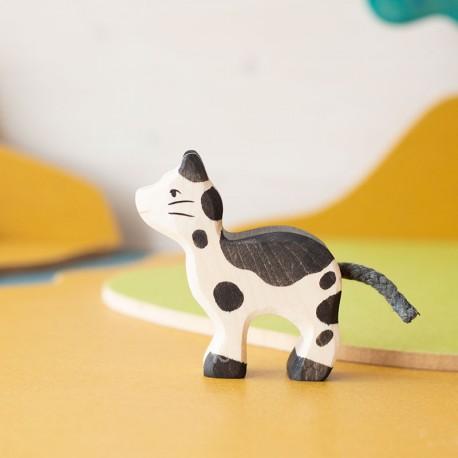 Gato pequeño - animal de madera