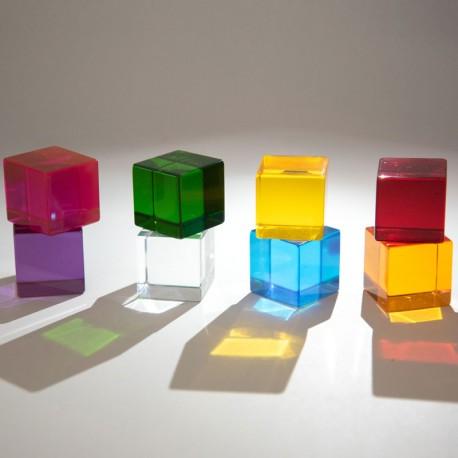 Cubs de percepció - 8 daus transparents amb colors de l'arc de Sant Martí