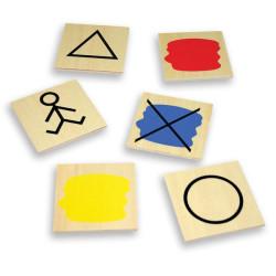 Juego de clasificación con atributos bloques lógicos